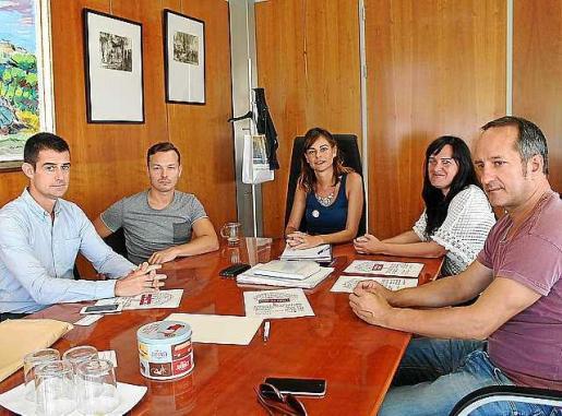 Imagen de la reunión que tuvo lugar ayer.