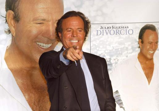 El cantante español recorrerá distintos escenarios con su nuevo trabajo.