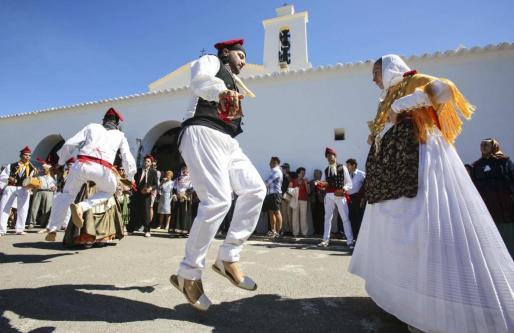 El 21 de septiembre, día de Sant Mateu, se celebrará una misa y una procesión posterior y no faltarán ball pagès y degustación de orelletes.