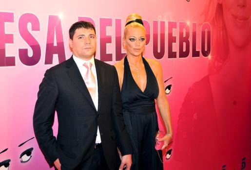 Belén Esteban y su esposo, Fran.