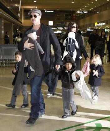 Imagen de archivo de la pareja con sus hijos.