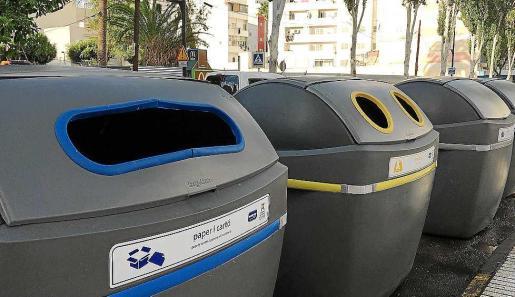 Los nuevos contenedores se han instalado ya en la avenida Isidor Macabich de Vila.