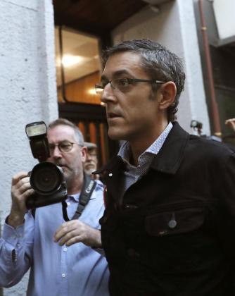 El diputado Eduardo Madina a su llegada esta mañana a la sede del PSOE, en la madrileña calle Ferraz, donde hoy se celebra la reunión del Comité Federal del partido.