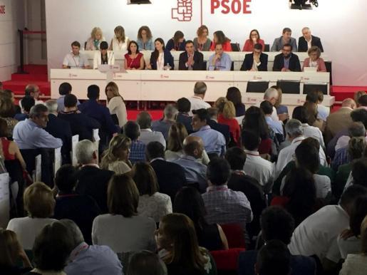 Reunión del Comité Federal del PSOE para debatir la propuesta del secretario general, Pedro Sánchez, de la celebración del congreso del partido y de primarias y de qué postura se tiene que adoptar para evitar terceras elecciones. EFE/ REUNIÓN DEL COMITÉ FEDERAL DEL PSOE