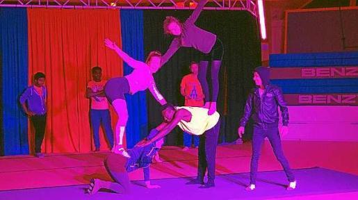 Una de las imágenes del encuentro de circo.