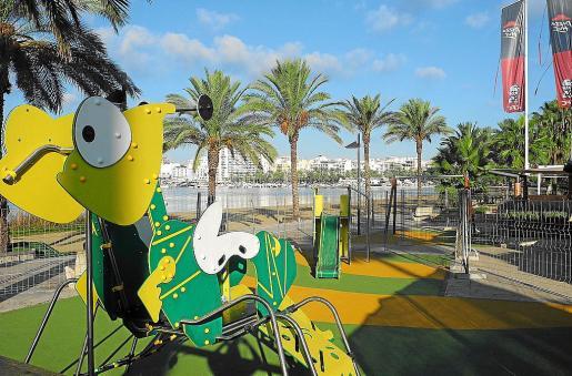 Imagen del nuevo parque infantil de la playa de s'Arenal.