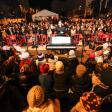 Vila inaugura las fiestas de Navidad con el encendido de luces en el bulevar