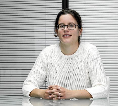 Alicia Ribas Marí es una de las dos psicólogas con las que cuenta la asociación Deforsam.