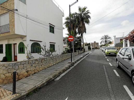 Imagen de la calle dedicada al pintor en es Viver. Foto: DANIEL ESPINOSA