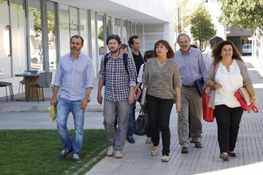 Los portavoces socialistas han remitido al espíritu de diálogo plasmado en los 'Acords pel canvi'.