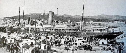 El Rey Jaime I, de la mallorquina Isleña Marítima, en Palma, en una imagen centenaria.