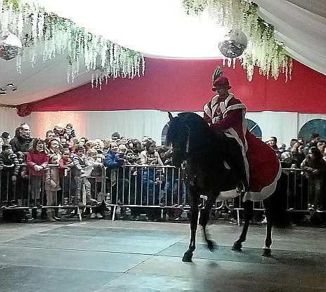 El paje real llegó a caballo a Sant Antoni.