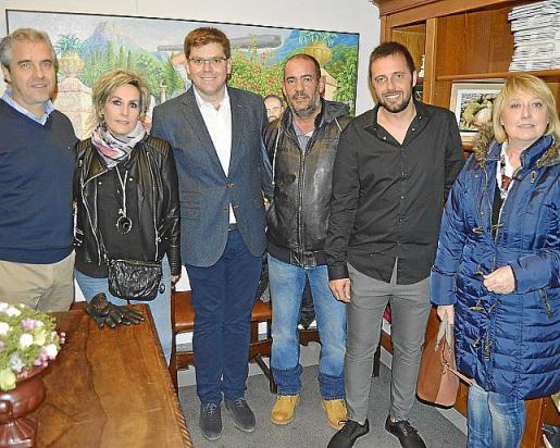 Tomeu Martorell, M. José Múgica, Martí Sansaloni, Jaume Català, Joan Amengual y M. Magdalena Quetglas.