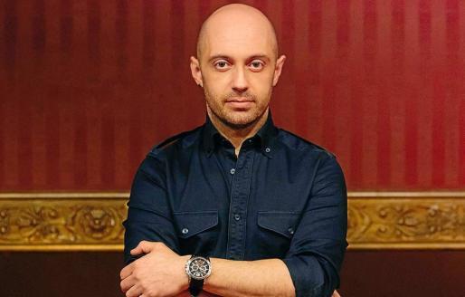 Una fotografía del director y escenógrafo Paco Azorín.