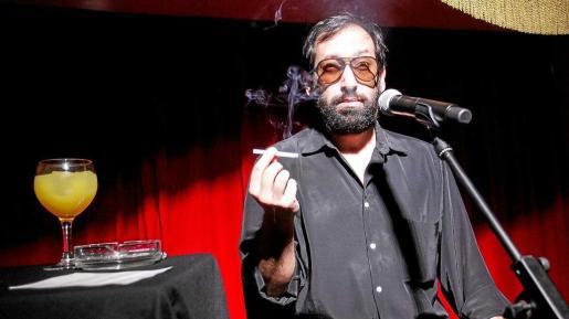 El valenciano Toni Climent ofreció en Pachá un hilarante show cómico y una magnífica recreación del inolvidable humorista catalán Eugenio.