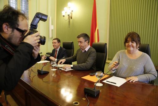 Imagen de la última reunión de portavoces de la cámara para tratar el asunto de la expulsión de Huertas del grupo de Podemos y su posible relevo en el cargo.