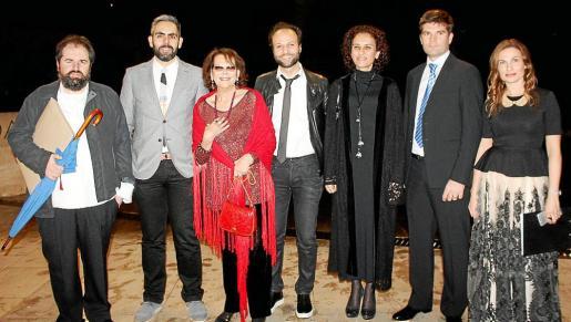 Antonio Caimari, Francisco Copado, Claudia Cardinale, Ali Ilhan, Elvane Albayrak, Alessio Paoletti y Cati Mut.