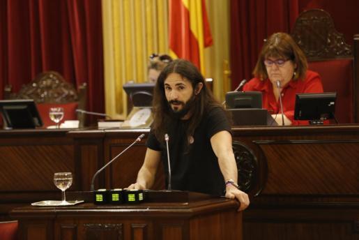 Baltasar Picornell, durante un pleno en el Parlament.