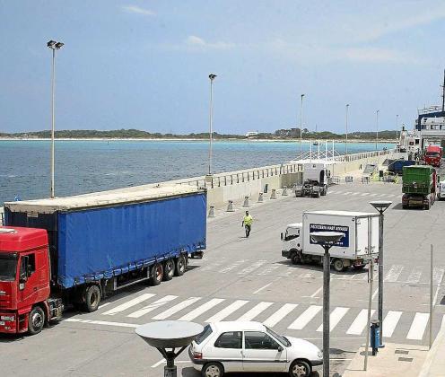 Imagen de archivo del puerto de la Savina, en Formentera.