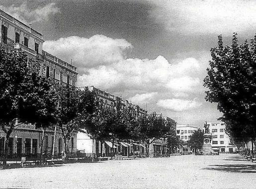 Imagen antigua del paseo de Vara de Rey. Foto: AISME