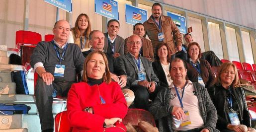 Parte de la delegación ibicenca del PP en Madrid, con la presencia de Virginia Marí, José Vicente Marí o Santi Marí, entre otros.
