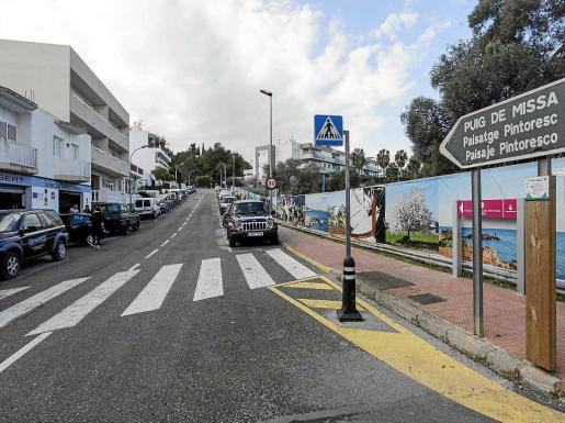 Imagen de la calle dedicada a Laureà Barrau en Santa Eulària. Foto: DANIEL ESPINOSA
