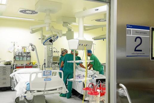 Uno de los quirófanos del hospital Can Misses .