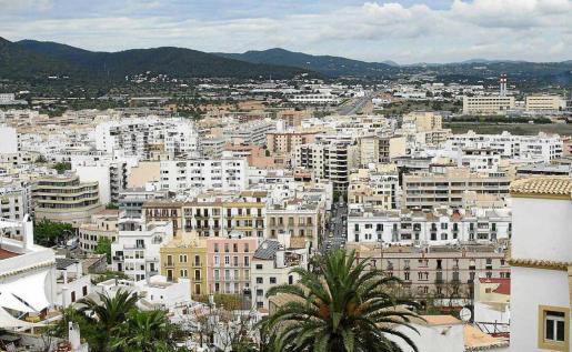 La isla de Ibiza, y en concreto municipios como Vila o Santa Eulària, presentan el stock más bajo de vivienda nueva vacía.