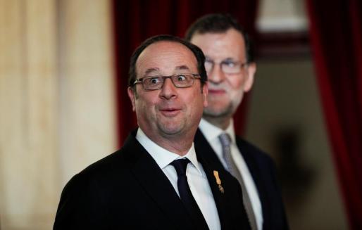 Los presidentes de Francia y España, François Hollande y Mariano Rajoy, durante su encuentro en Málaga.