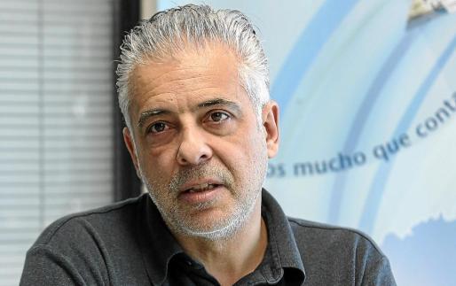 El médico intensivista y coordinador deTrasplantes, Eduardo Escudero. Foto: TONI ESCOBAR