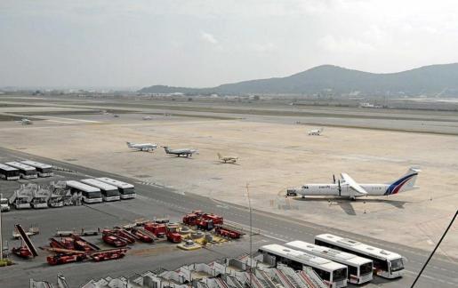 Las obras en aeropuerto tienen una duración prevista de trece meses y se ejecutarán durante los dos próximos inviernos.