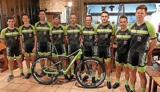 La nueva formación de corredores que defenderán a la escuadra verdinegra esta temporada.