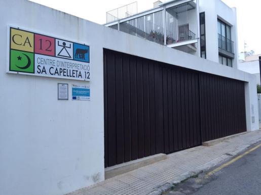 Imagen del exterior del Centre d'Interpretació de Sa Capelleta. Foto: Daniel Espinosa.