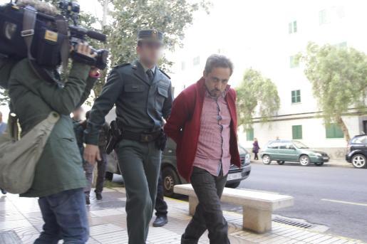 Tomás Arroyo, alias 'El Brujo', ha sido condenado a más de cien años de prisión.