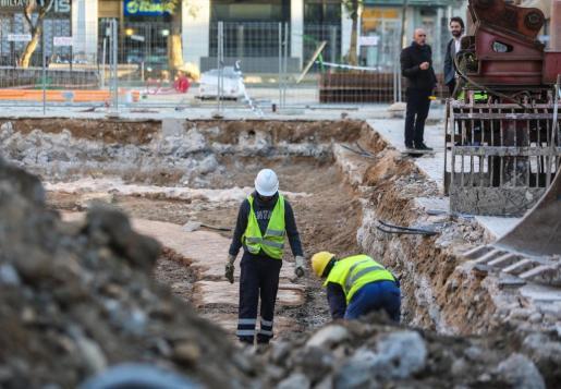 Cimientos de la obra de un hotel en Ibiza.