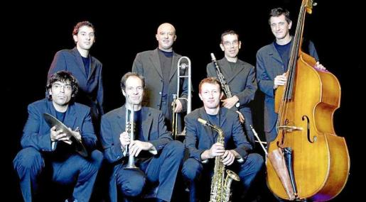Una imagen promocional de la banda de jazz de Barcelona La Vella Dixieland.