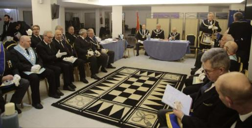 Fotografía de grupo de los asistentes a la XXV Asamblea Provincial de Masones de Balears.