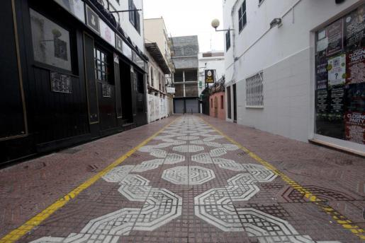 Calle Cristòfol Colom, en Sant Antoni. Foto: DANIEL ESPINOSA