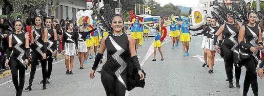 Una imagen de archivo de la rúa de Carnaval de Santa Eulària.