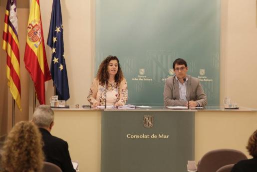 La portavoz, Pilar Costa, en la rueda de prensa posterior al Consell de Govern.