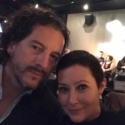 En la imagen, la actriz Shannen Doherty junto a su marido Kurtis Warienko.