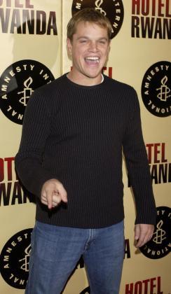 Pese a las 'exigencias del guión', el cuerpo de Matt Damon parece seguir en perfecto estado de forma.