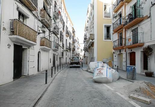 Cambios en la Marina. El acceso a Dalt Vila se llevará a cabo por el Portal de ses Taules durante una semana por las obras en Jaume I.