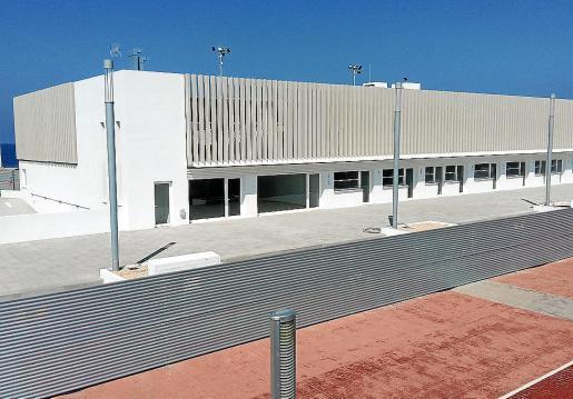 Una imagen del edificio de aparcamiento de la Savina, cuya planta sótano tiene 60 centímetros menos de lo que APB estipuló en el contrato.