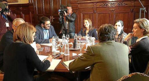 Vicenç Vical e Isabel García Tejerina se reunieron ayer en la sede del Ministerio de Agricultura, Pesca y Medio Ambiente en Madrid.