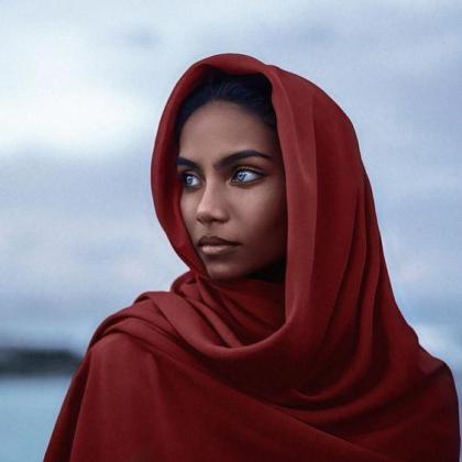 En la imagen, la joven modelo Raudha Athif.