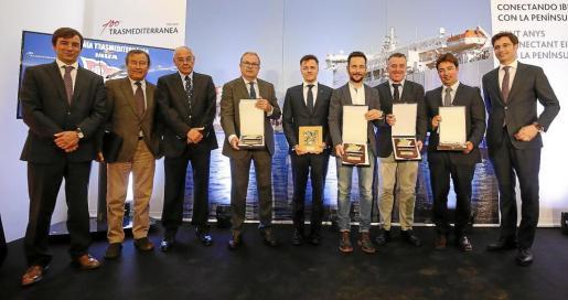 Vicent Torres (Consell), Mario Quero (naviera), Rafel Ruiz (Vila), Alfonso Rojo (PIMEEF), Luis Gascón (capitán marítimo) y Gual de Torrella (APB) fueron premiados.