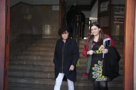Marta Maicas (i) declaró como investigada ante el juez en febrero.