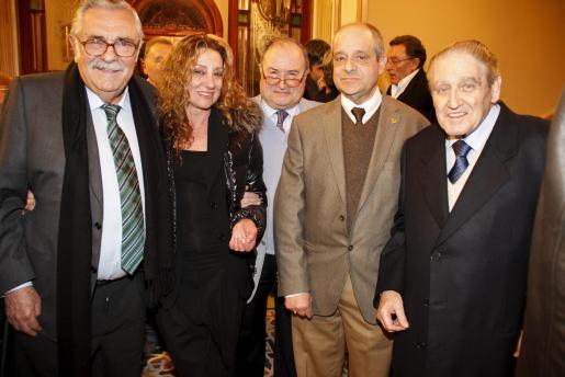 Pera A. Serra, Glòria Mas, Joan Oliver 'Maneu', Bartolomé Oliver y Amador Pastor.