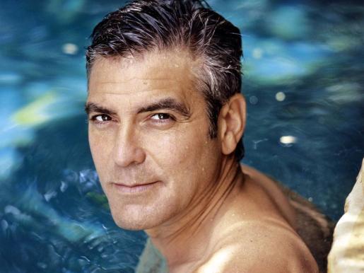 Clooney ha sumado a sus títulos el de hombre más estiloso.